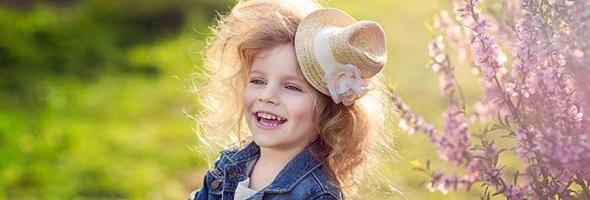 俄罗斯儿童摄影师亚历山大·洛基诺娃(Alexandra Loginova)
