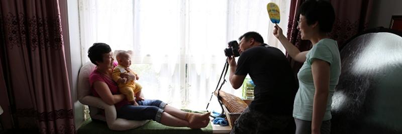 【茄子小调查】:你会允许客户带上自己的相机,并在你工作的时候在一旁拍摄吗?