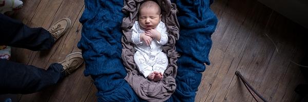想象力:一张新生儿摄影照片的背后