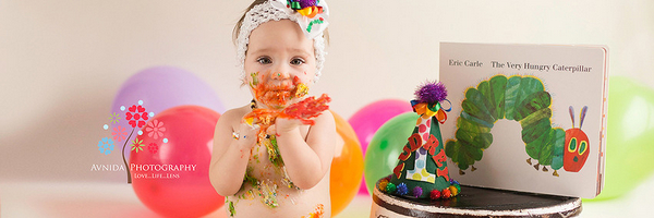 生日派对:拍好砸蛋糕