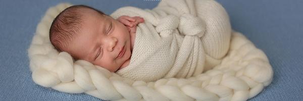新生儿摄影师梅莉莎·德福的经验