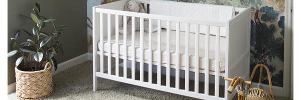丛林主题的婴儿房设计